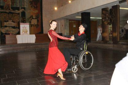 Конкурс по танцам среди людей с ограниченными возможностями